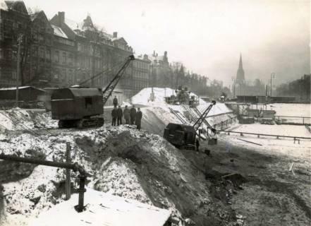 ARH Slg. Mütze 159, Baustelle des Luftschutzbunkers am Klagesmarkt, Hannover, um 1940