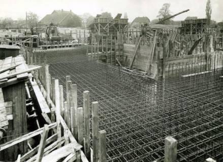 ARH Slg. Mütze 179, Baustelle des Luftschutzbunkers Rotermundstraße, Vahrenwald, 1942