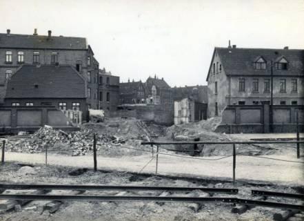 ARH Slg. Mütze 204, Durchbruch durch den Häuserblock von der Müllerstraße? aus gesehen, Hannover?, ohne Datum