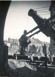 ARH Slg. Mütze 227, Trümmerräumung an der Callinstraße, Nordstadt, vor 1949