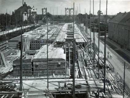 """ARH Slg. Mütze 238, Baustelle des Luftschutzbunkers """"Dühringstraße"""", Hainholz, 1943"""
