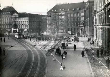 ARH Slg. Mütze 304, Umbau des Ernst-August-Platzes, Hannover, 1938