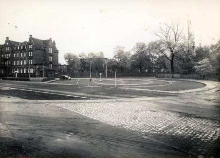 ARH Slg. Mütze 311, Wendeschleife der Straßenbahn vor dem Krankenhaus Nordstadt, vor 1945