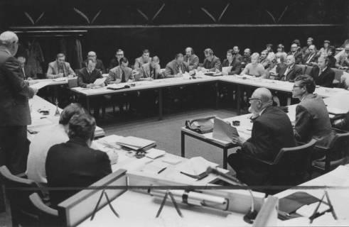 ARH Slg. Bartling 2, Ratssitzung im Sitzungssaal FZZ, 1972