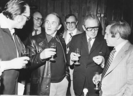 ARH Slg. Bartling 12, Gruppe von sechs Männern, um 1975