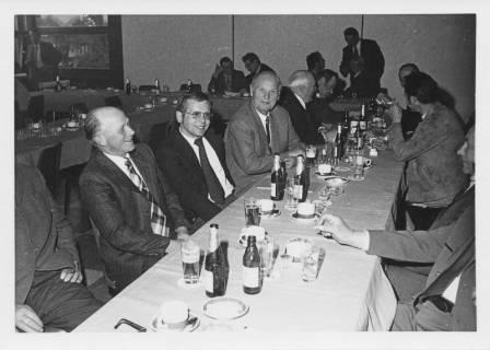ARH Slg. Bartling 18, Ausschusssitzung während der Zeit des Interimsrats, um 1975