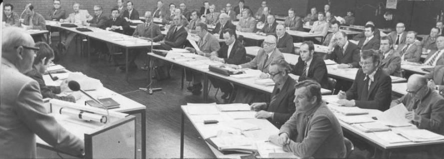 ARH Slg. Bartling 38, Ratssitzung im FZZ, 1974