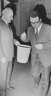 ARH Slg. Bartling 43, Ratssitzung, schriftliche Abstimmung, um 1974