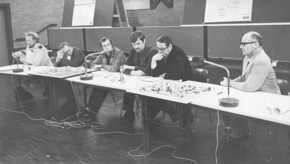 ARH Slg. Bartling 83, Vorstellung des Baugebiets Silbernkamp (1. Entwurf) im Bürgersaal des FZZ, 1973