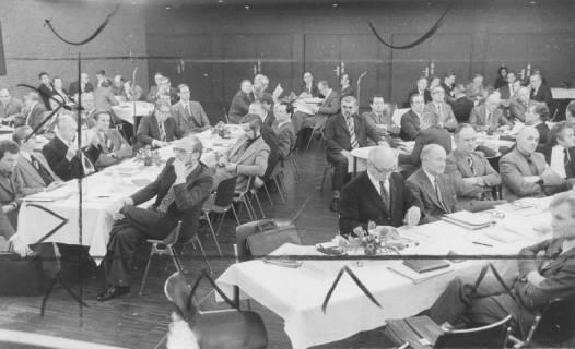 ARH Slg. Bartling 90, Sitzung im Bürgersaal des FZZ, 1975