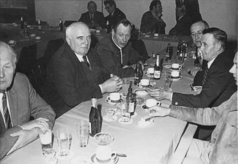 ARH Slg. Bartling 93, Ausklang nach der Sitzung, um 1974