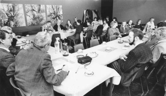 ARH Slg. Bartling 118, Sitzung des Kulturausschusses (?) im FZZ, um 1985