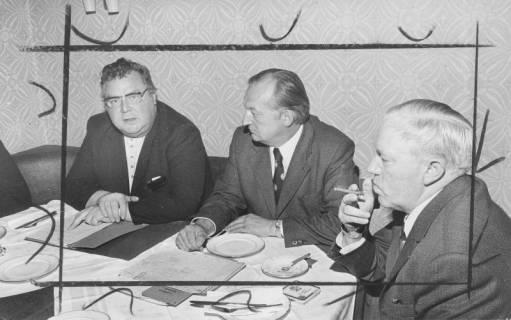 ARH Slg. Bartling 133, Alfred Semsroth, Landrat Landkreis Neustadt (SPD), Henry Hahn, stellvertretender Landrat (CDU), Fritz Meyer (MdL), 1973
