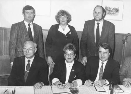 ARH Slg. Bartling 143, Gruppenporträt mit sechs Personen, um 1985