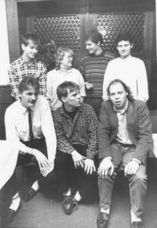 ARH Slg. Bartling 144, Gruppenbild von sieben Vertretern der Jungen Union, Ortsgruppe Neustadt am Rübenberge, um 1985