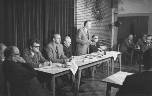ARH Slg. Bartling 151, Vortrag von Helmut Kasimier, Hannover, in einer SPD-Versammlung bei Schrader in Eilvese, Bahnhof, 1972