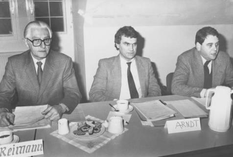 ARH Slg. Bartling 157, Sitzung des Beirates der Kreisvolkshochschule, Neustadt a. Rbge., um 1975