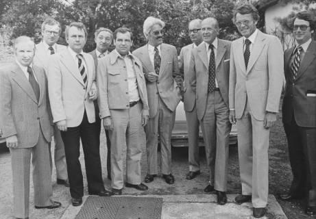 ARH Slg. Bartling 190, Gruppenbild mit Jesco von Puttkamer, Raumfahrtingenieur und Buchautor, um 1974