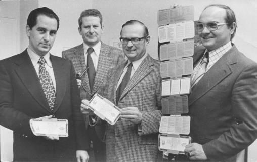 ARH Slg. Bartling 214, Vorstellung eines neuen Informationsheftes über die Stadt, um 1975