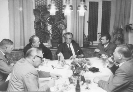 ARH Slg. Bartling 240, Paul Lücke, Bundeswohnungsbauminister (CDU), in Neustadt am Rübenberge, 1969