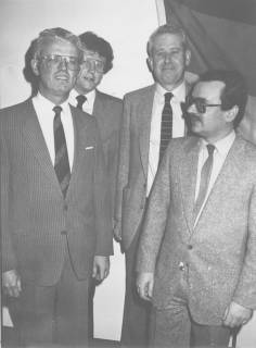 ARH Slg. Bartling 241, Drei Männer zu Gast bei Stadtdirektor Felix Rohde, um 1980