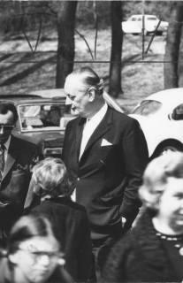 """ARH Slg. Bartling 244, Adolf von Thadden (""""Bubi""""), ehem. MdL (DRP), ehem. Vorsitzender der NPD, 1972"""