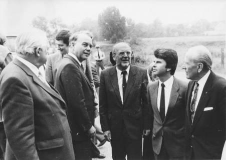 ARH Slg. Bartling 280, Ernst Albrecht, Ministerpräsident (CDU), im Kreis von CDU-Politikern aus Neustadt am Rübenberge, um 1980