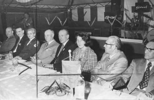 ARH Slg. Bartling 300, Fest-Veranstaltung des Ortsvereins Neustadt am Rübenberge des Deutschen Roten Kreuzes zum 70-jährigen Bestehen (?), 1974