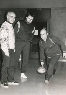 ARH Slg. Bartling 315, Mitarbeiter der Neustädter Stadtverwaltung beim Stockschießen, um 1980