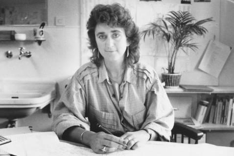ARH Slg. Bartling 370, Gudrun Hagen, Mitarbeiterin des Bauamtes, um 1980