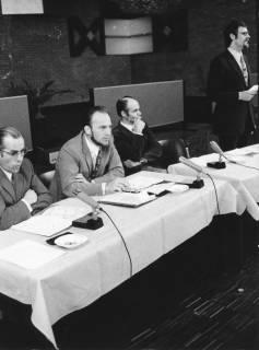 ARH Slg. Bartling 529, Diskussionsforum im FZZ, um 1975
