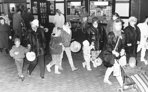 ARH Slg. Bartling 547, Laternenumzug Zwischen den Brücken, um 1980