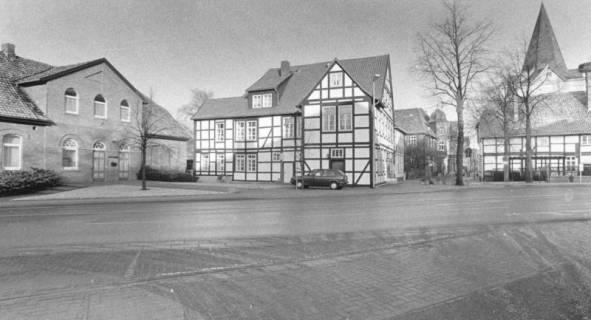ARH Slg. Bartling 550, An der Liebfrauenkirche 7, Fachwerkgebäude der alten Schule (1851-1929), um 1980