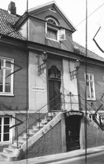 ARH Slg. Bartling 559, Ratskeller und Standesamt (im alten Rathaus), Mittelrisalit, 1973