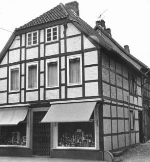 ARH Slg. Bartling 612, Fachwerkhaus Marktstraße 14, Straßenfront (Giebel), 1972