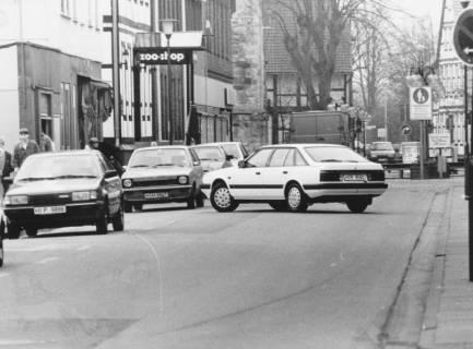 ARH Slg. Bartling 636, Mittelstraße mit Kfz-Verkehr, nach 1986