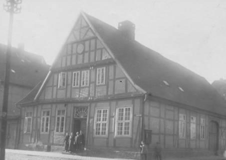 ARH Slg. Bartling 646, Fachwerkhaus Schulstraße / Ecke Marktstraße, um 1950