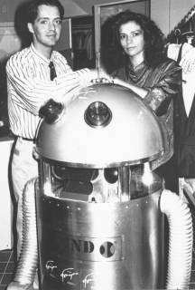 ARH Slg. Bartling 661, Mann und Frau stellen Roboter vor, um 1975
