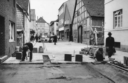 ARH Slg. Bartling 776, Windmühlenstraße, Pflasterung der Straße, um 1980