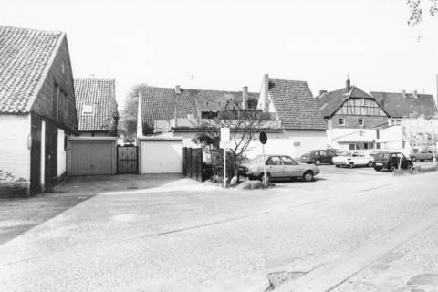 ARH Slg. Bartling 797, Schäfergasse, Blick nach Westen auf die Parkplätze, Neustadt a. Rbge., um 1980