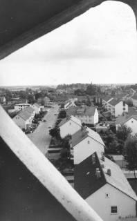 ARH Slg. Bartling 831, Großer Weg, Blick vom Turm der katholischen Kirche nach Süden, Neustadt a. Rbge., 1972