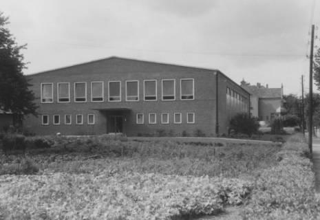 ARH Slg. Bartling 1928, Neue Turn- und Sporthalle an der Lindenstraße, Neustadt a. Rbge., um 1970