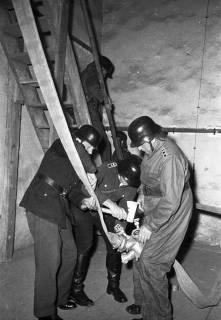 ARH Slg. Fritsche 53, Feuerwehrübung im Kirchturm, Burgdorf, ohne Datum
