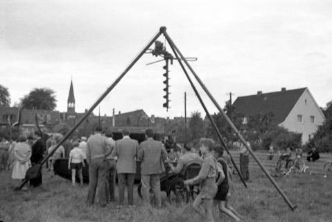 ARH Slg. Fritsche 61, Werbeschau der Bundeswehr auf dem Schützenplatz, Burgdorf, zwischen 1965/1970