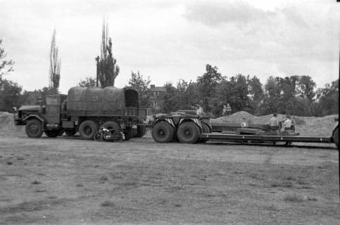 ARH Slg. Fritsche 63, Werbeschau der Bundeswehr auf dem Schützenplatz, Burgdorf, ohne Datum