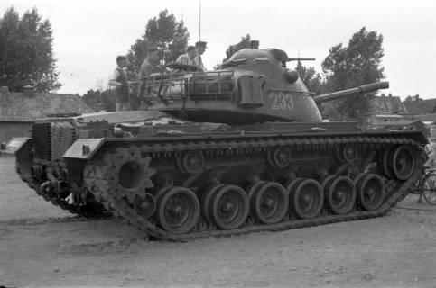 ARH Slg. Fritsche 67, Werbeschau der Bundeswehr auf dem Schützenplatz, Burgdorf, ohne Datum