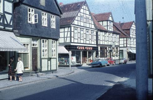 ARH Slg. Fritsche 69, Blick auf die Marktstraße aus Richtung der Bahnhofstraße, Burgdorf, ohne Datum