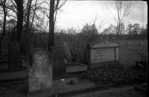 ARH Slg. Fritsche 145, Jüdischer Friedhof in der Uetzer Straße, Burgdorf, ohne Datum