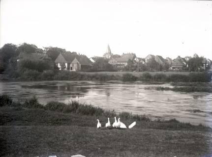 ARH Slg. Grabenhorst 4, Ansicht Neustadt am Rübenberge, Sicht vom östlichen Leineufer nach Westen, vor 1924