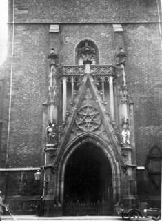 ARH Slg. Janthor 0003, Portal der Marktkirche, Hannover, 1943